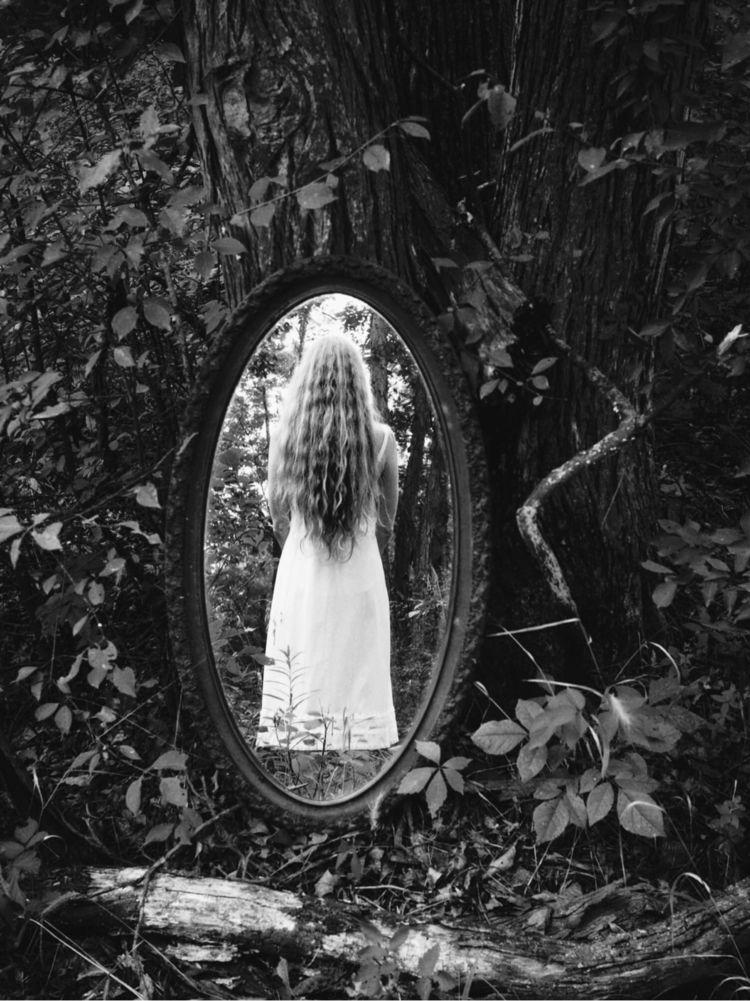 mirror? mirror shows pass... Wo - roddiemac | ello