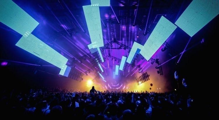Legendary House Techno event Ti - thissongissick | ello