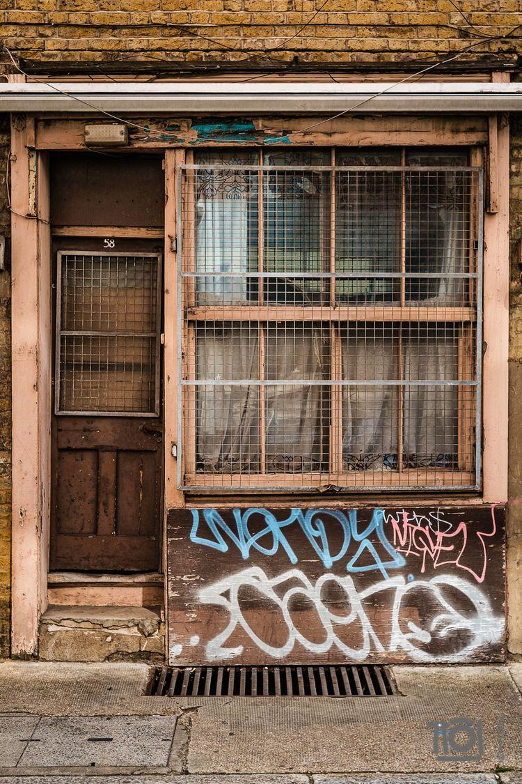 58 - Whitechapel - paulperton | ello