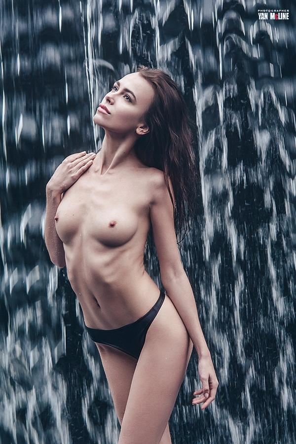 invite photographers nude photo - yanmcline   ello