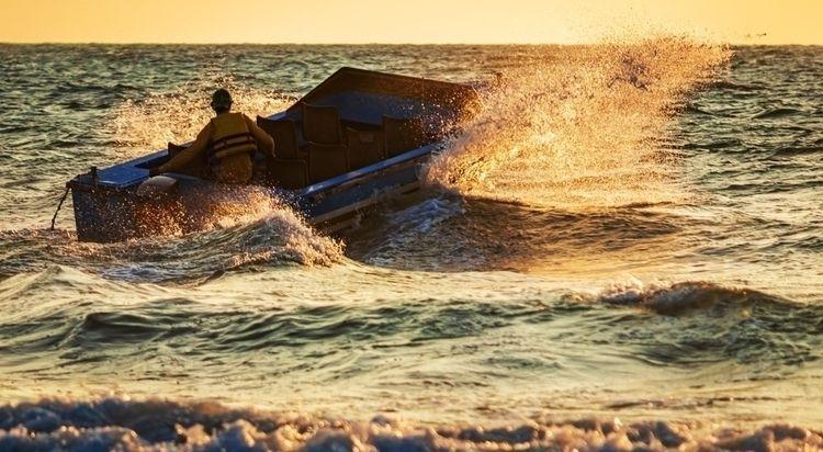 Speed Boat Goa boat riding wave - grisellanderson | ello