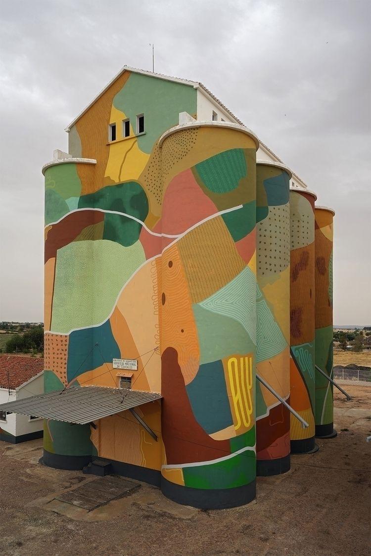 Meseta, Monumental mural painti - eltono | ello