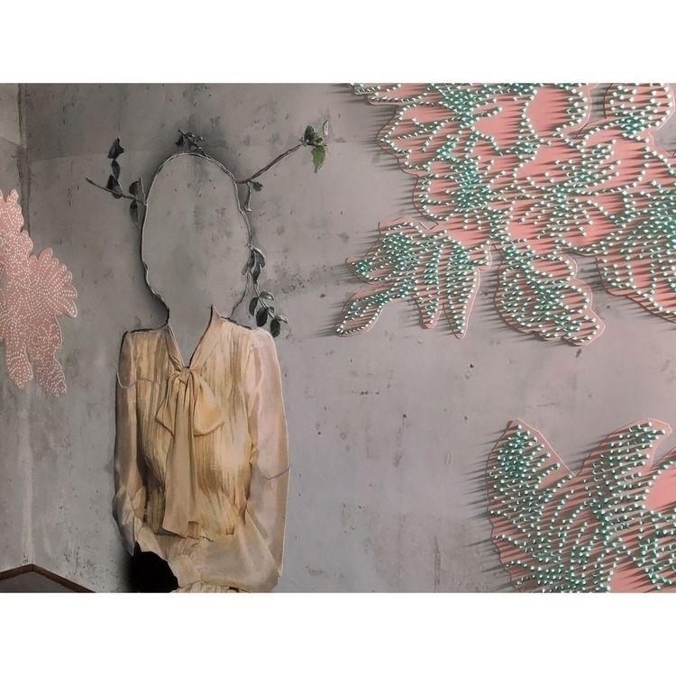 photography, collage, spraypaint - dorrisvooijs | ello