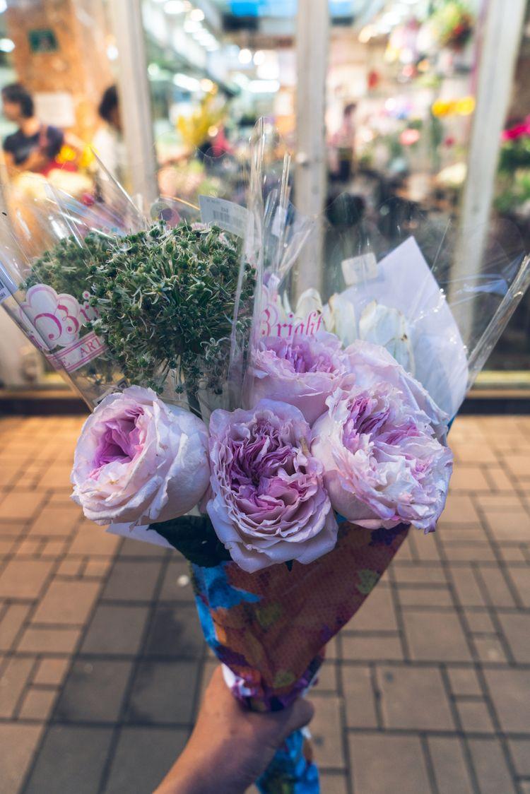 buying beautiful flower hong ko - jonathan_tsc | ello
