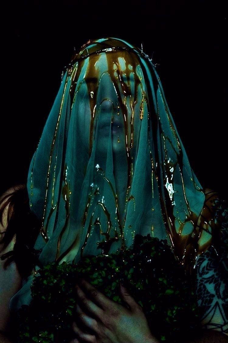 spirit trapped drop amber Falli - jude_st_jude | ello