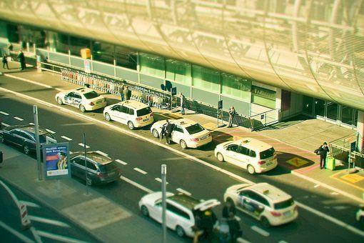 Recogida de taxi Amsterdam lead - taxiamsterdames | ello