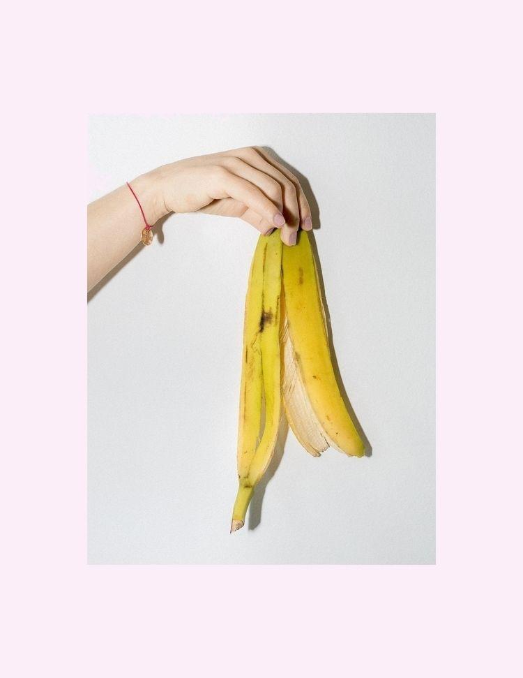 2019 - bananaselfie - dominikgeiger | ello