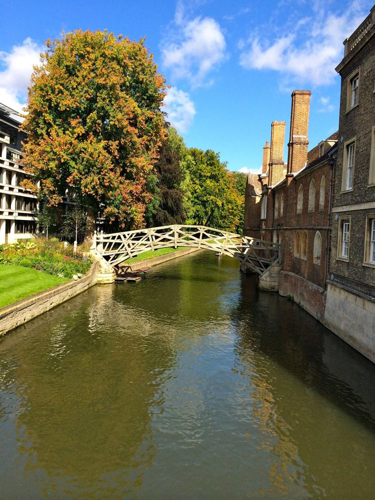 Mathematical Bridge, atravessa  - antoniomg | ello