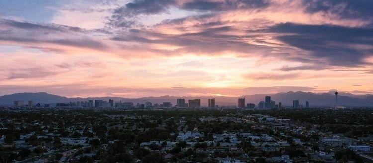 Las Vegas Strip sunset! Mavic 2 - jhollaholla | ello