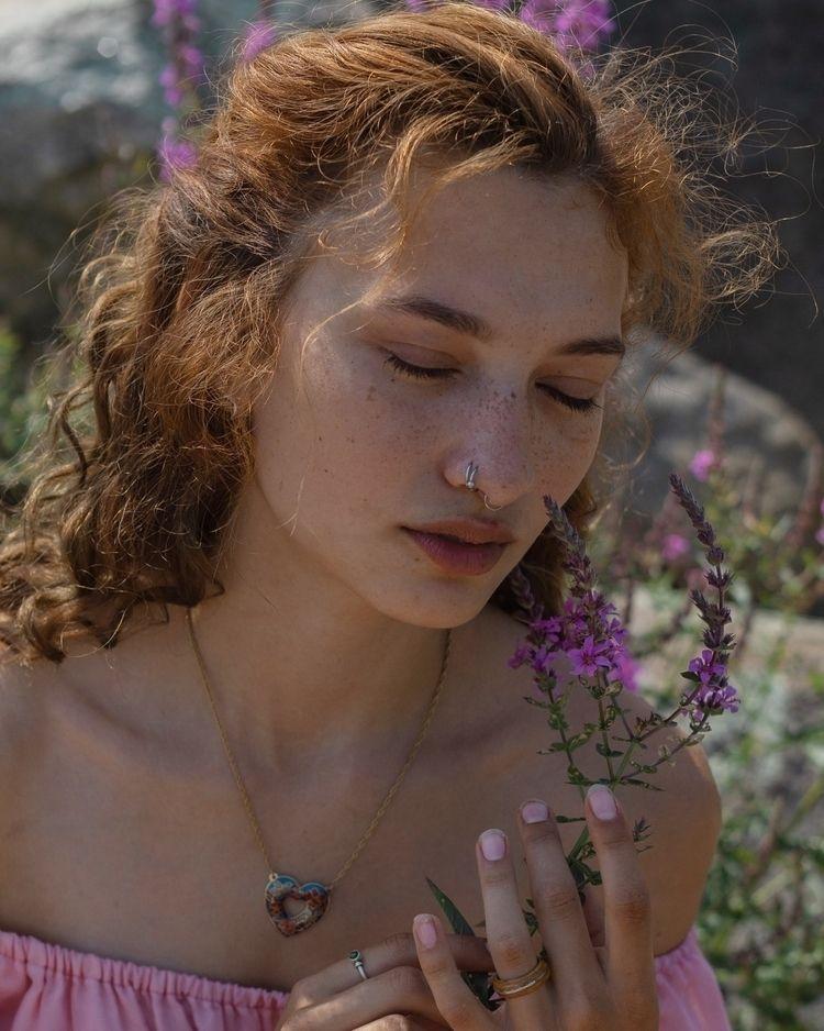 Photo: Model: Lexi - smoltog | ello