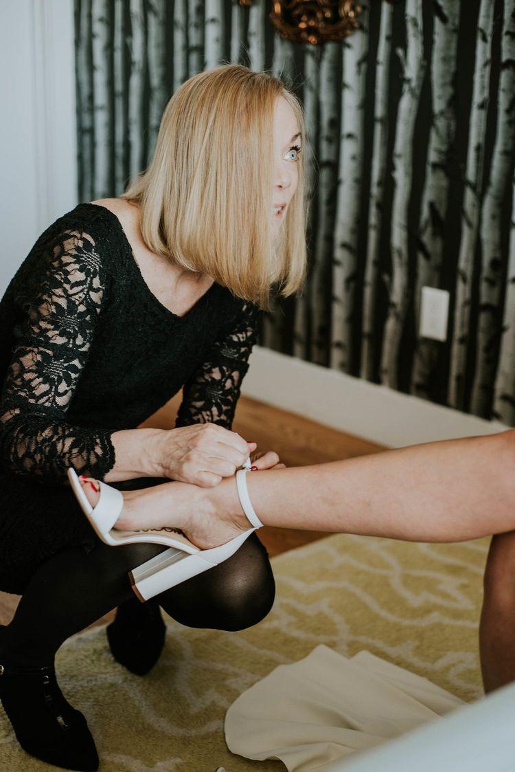 Photo Helping daughter wedding  - vivianmcinerny | ello