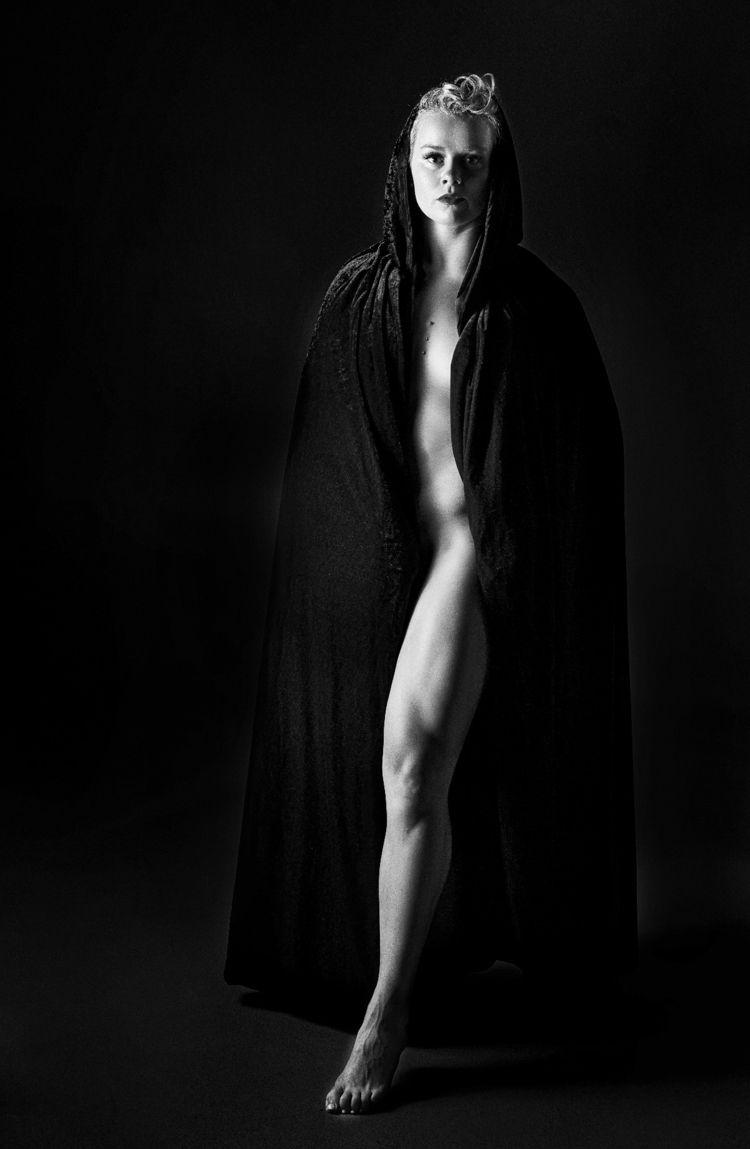 MacyLynn - blackandwhite, portrait - reimaginemestudios | ello