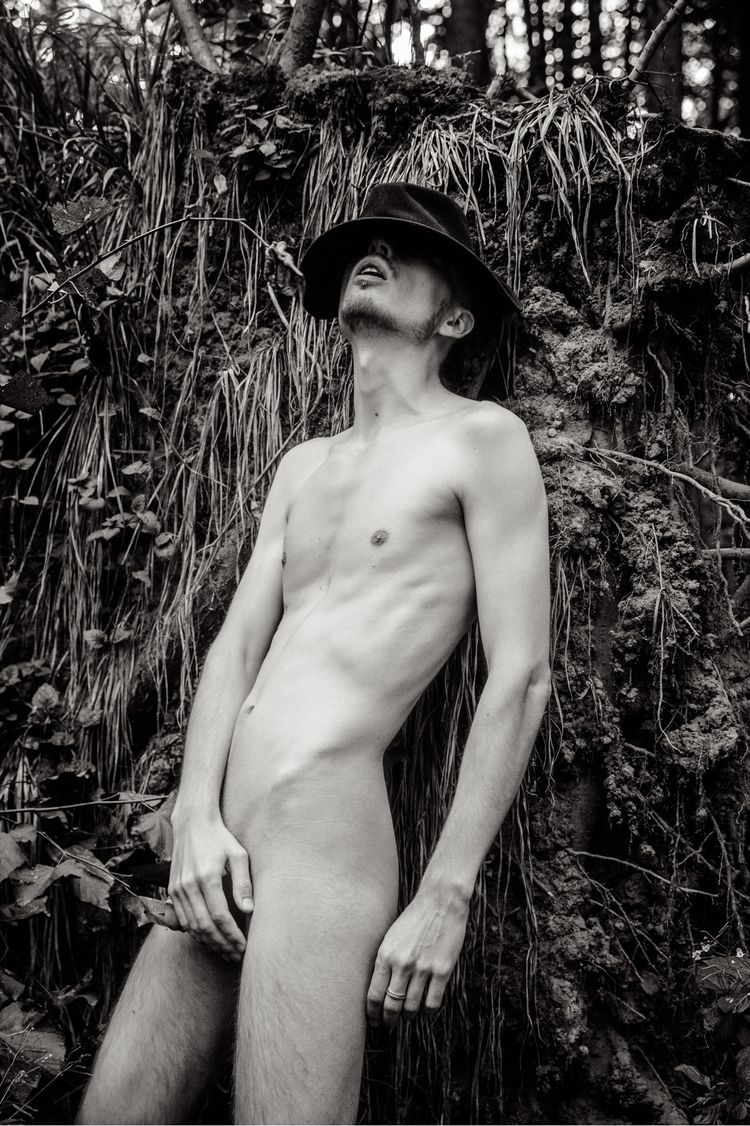 malenudity, nude, malebody, gayart - russguy | ello
