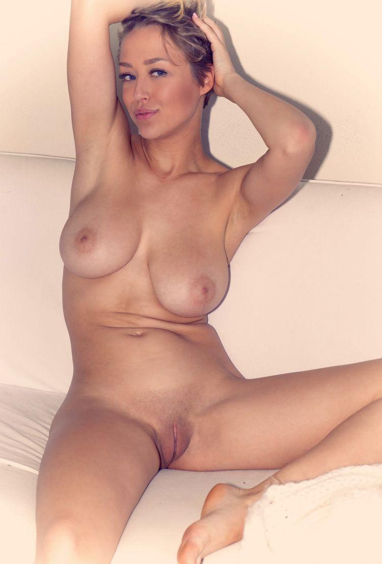 loves admired, boobies love fre - sunflower22a | ello