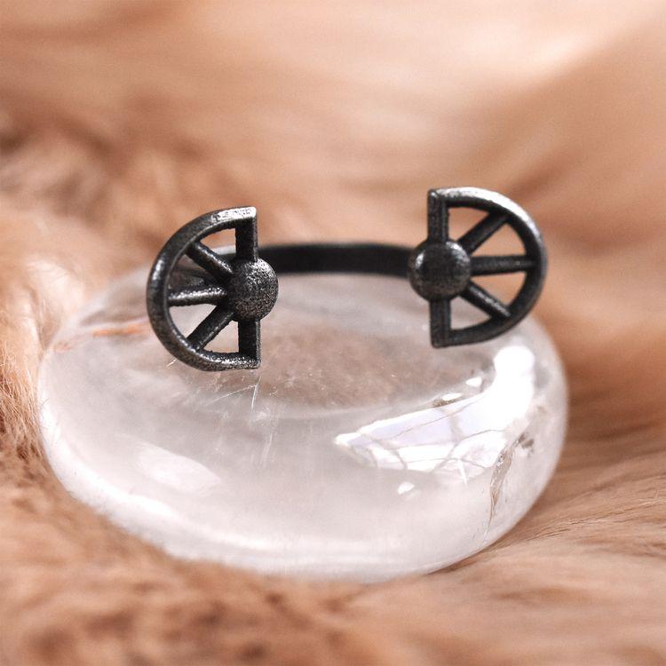 delicate floater ring Priestess - falkorajewelry | ello