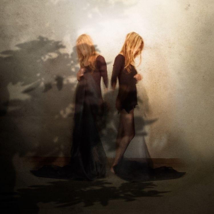 Shadows - fineart - magdalenadb   ello