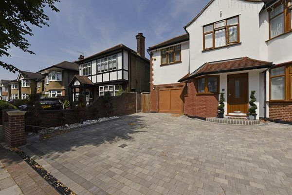 Block paving attractive long te - diamonddriveways | ello