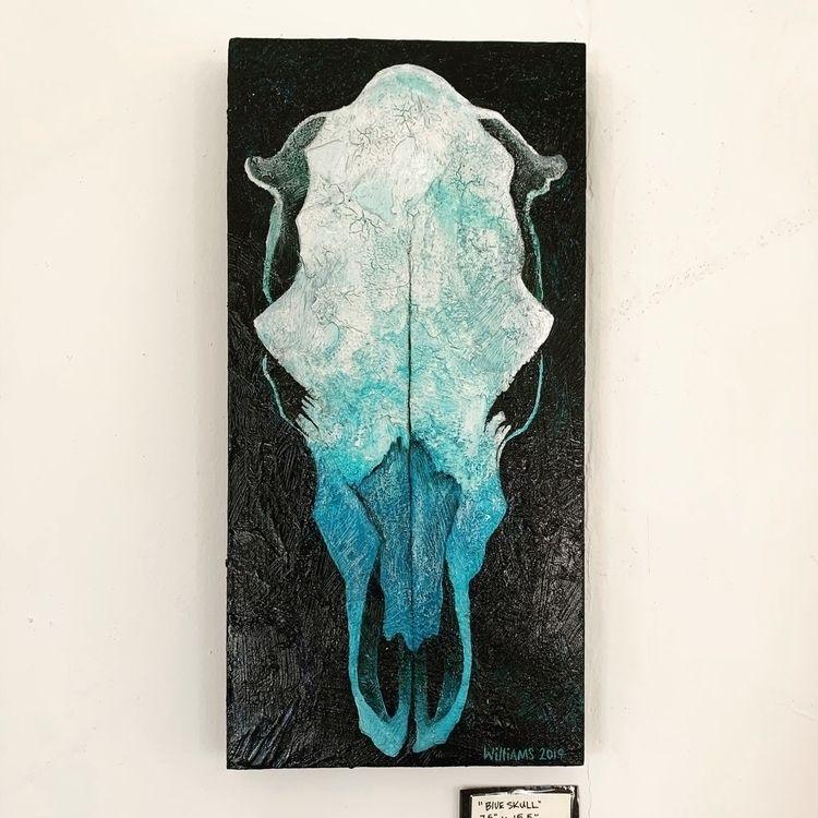 Blue skull - briantravis   ello