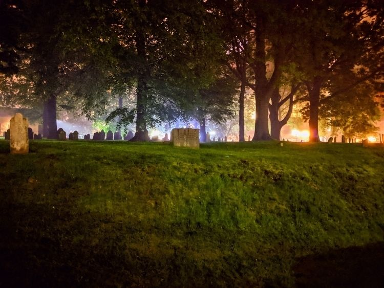 MementoMori, Urban, Graveyard - exiledscout | ello