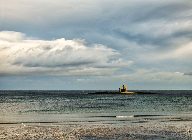 rays Sun Tower Refuge - Douglas - neilhoward   ello