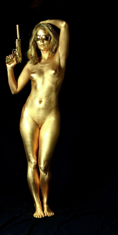 gold, golden, gun, bodypaint - ukimalefu | ello