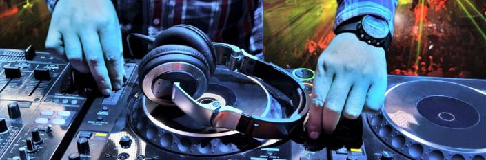 Fort Lauderdale DJ   Track Mast - trackmasterdj   ello