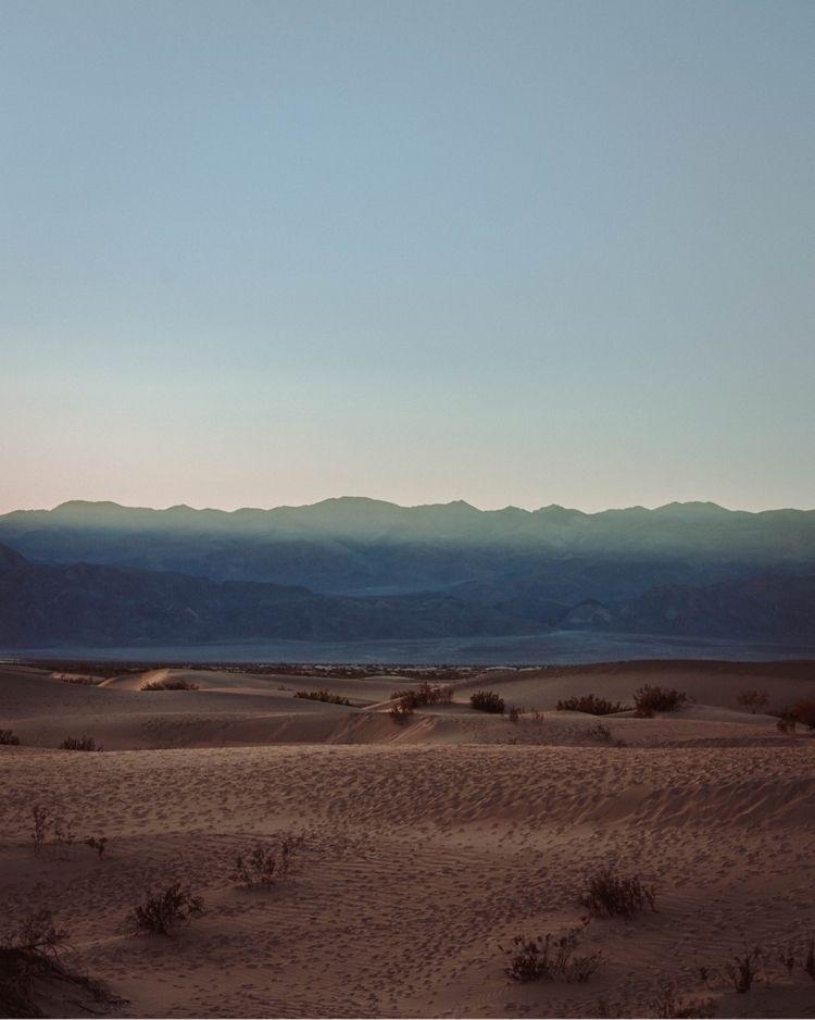 light Death Valley.  - agameoftones - dave | ello