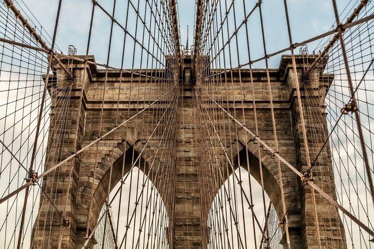 Brooklyn Bridge - royrivera   ello