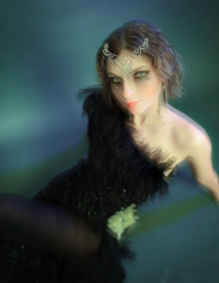 Styled Amber Marinescu December - dan__p | ello