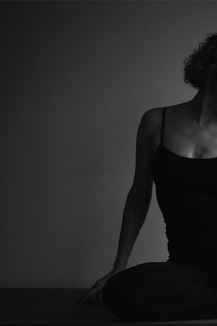 | text - body, blackandwhitephotography - anagilbert | ello