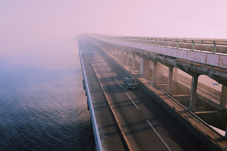 car, mistic, smog, fog, bridge - zaetsart | ello