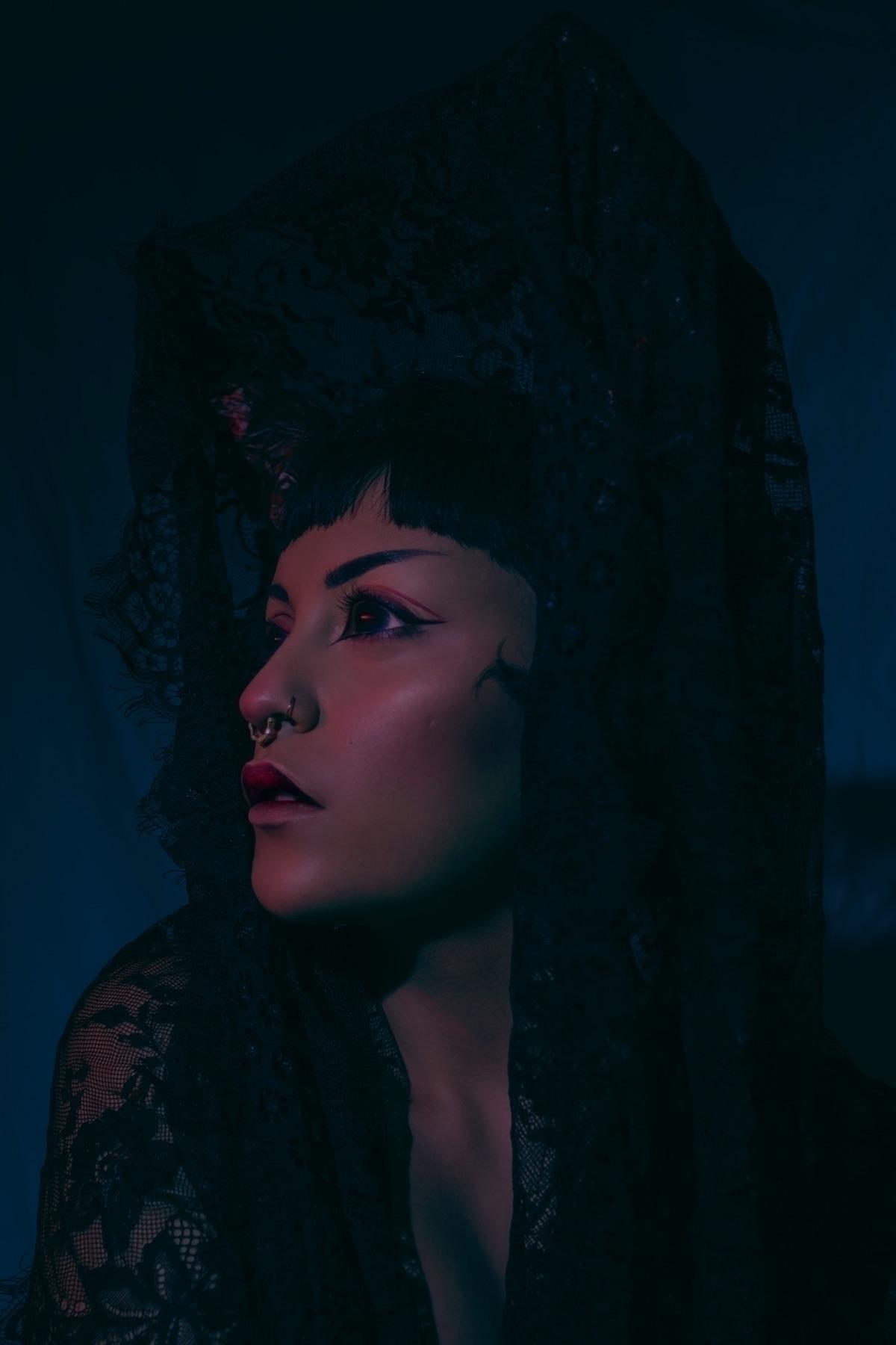 bruja - alejandra_aragon | ello