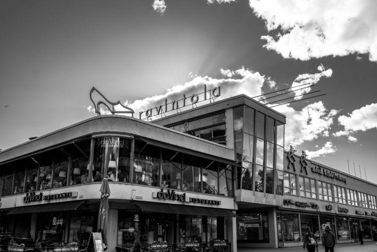 Ravintola ! Markets Helsinki - blackandwhite - pierrebeauregard | ello