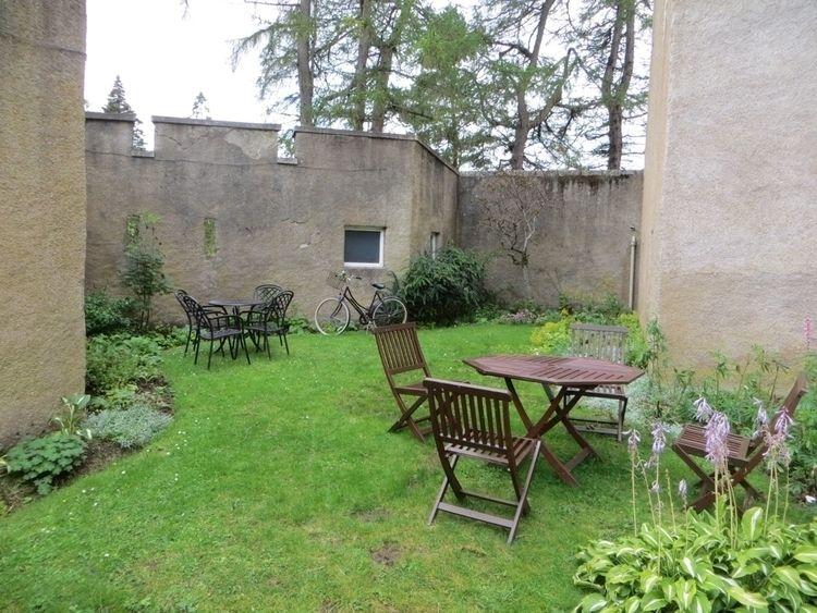 Braemar Castle, Braemar, Scotla - clanmother | ello
