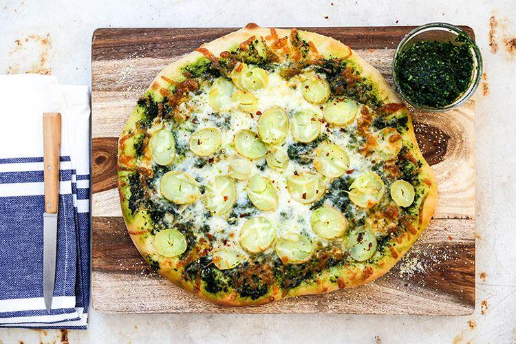 Potato Pizza Kale Pesto. Perfec - floatingkitchen | ello