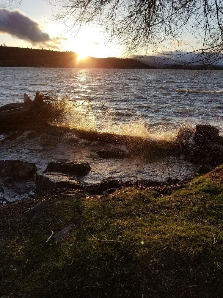 Lake waves wind storm - divadr88 | ello