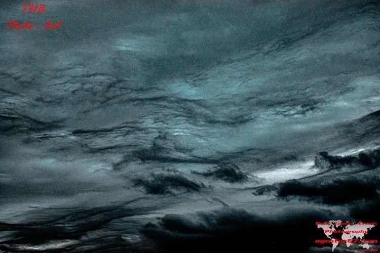 clouds - agentur67 | ello