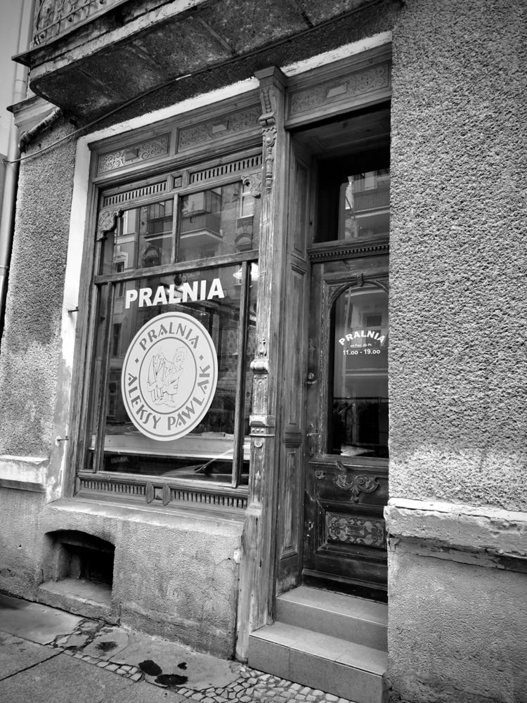 Wooden Shop Frame Szczecin - blueskipper | ello