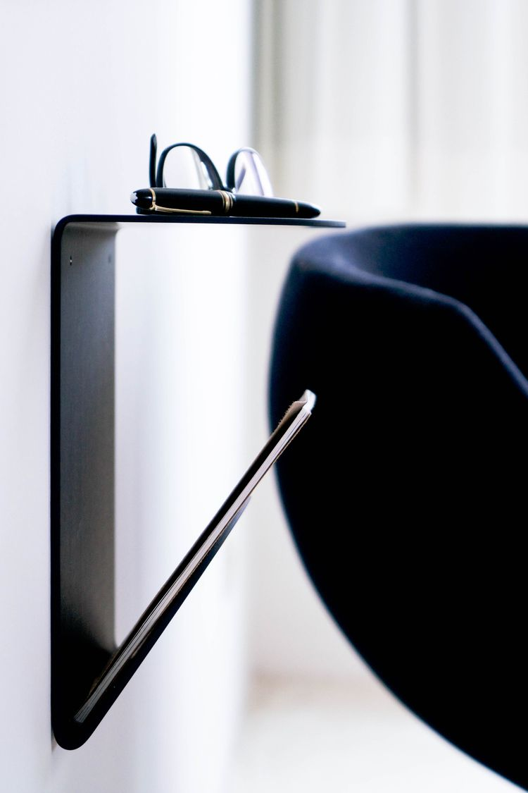 Bedside table / PV04 - essence  - pierrevano | ello