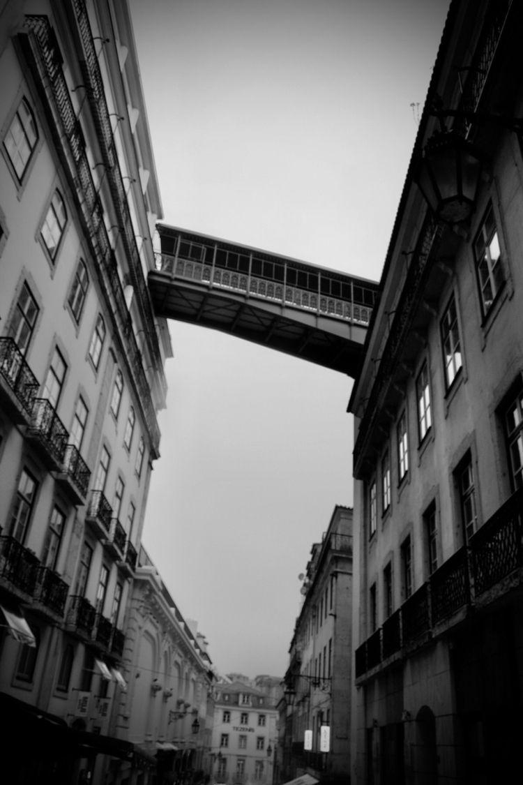 Footbridge Rainy Lisboa 2016 - bridges - blueskipper | ello