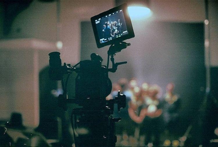 canont90, 35mmfilm, fujifilm400 - meekaaeel | ello