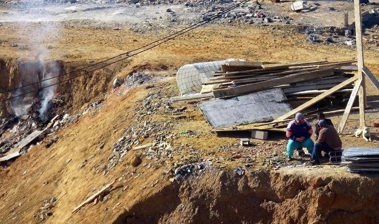 Début de chantier - algeriecapitalealger - abderrahmanedjelfaoui | ello