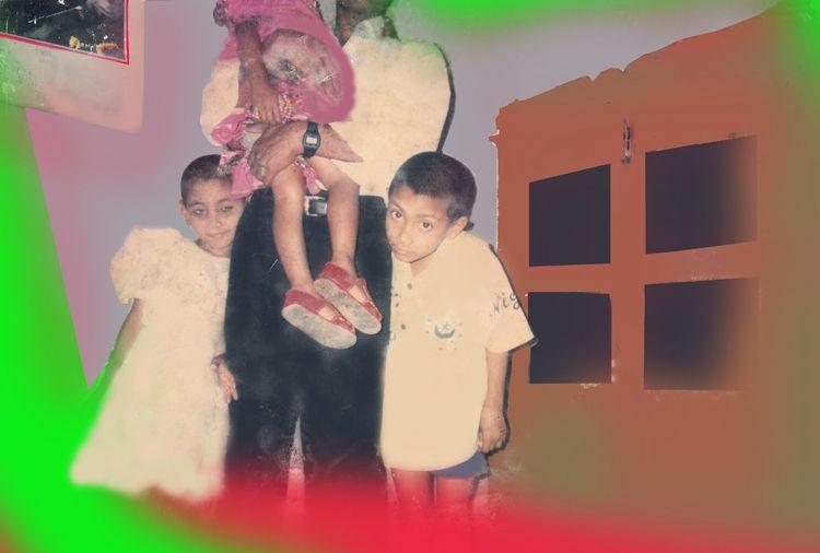আমার শিশুকাল। ছোটবোন রেশমা আর আ - uagrahat   ello