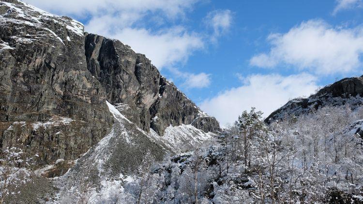 Snowfall - espengya | ello