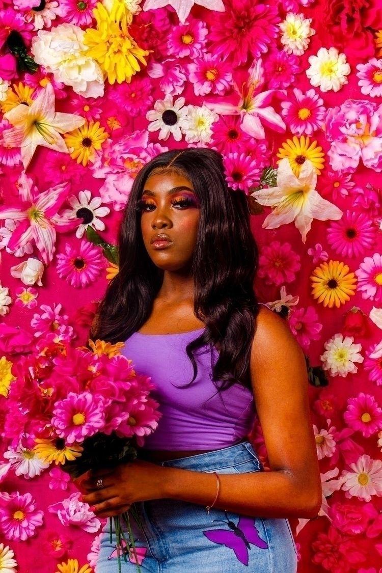 ꧁:hibiscus:𝐻𝑂𝑂𝐷 𝑀𝑂𝑁𝐴 𝐿𝐼𝑆𝐴:hibis - bycocoarae | ello