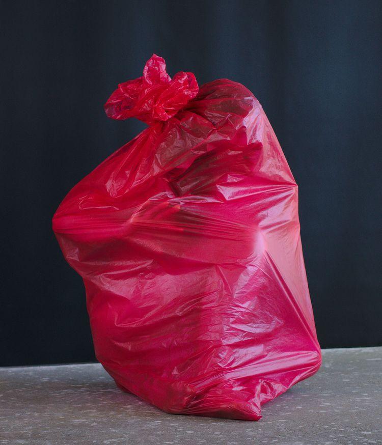 Trash colours *pink 08395 fish  - frango_artist | ello