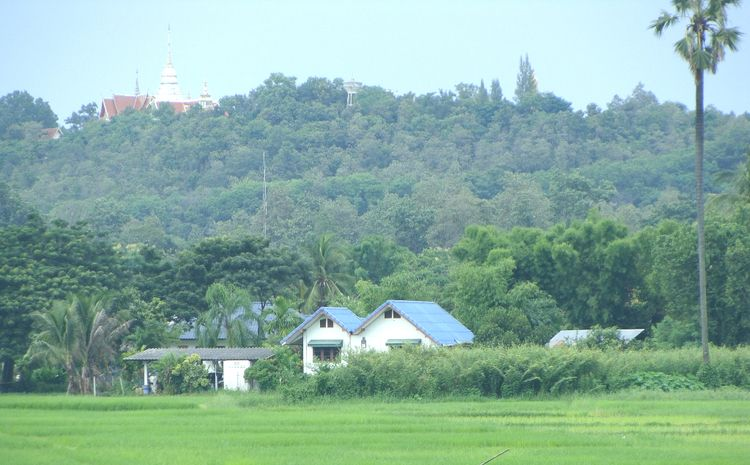 Doisaket,  - thailand. - berthy | ello