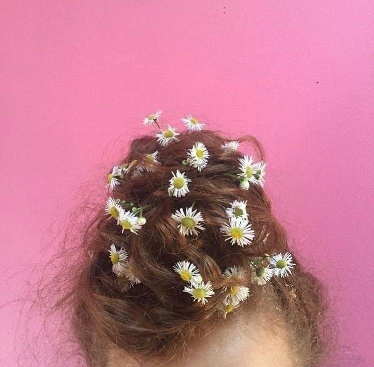 told girl love eyes flowers hai - bowie | ello