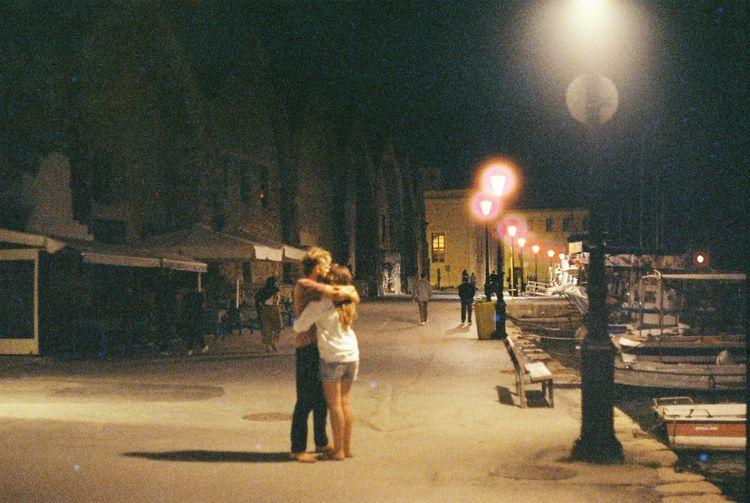 Lovers film - cinestill800t, cinestill - attelsvanro | ello