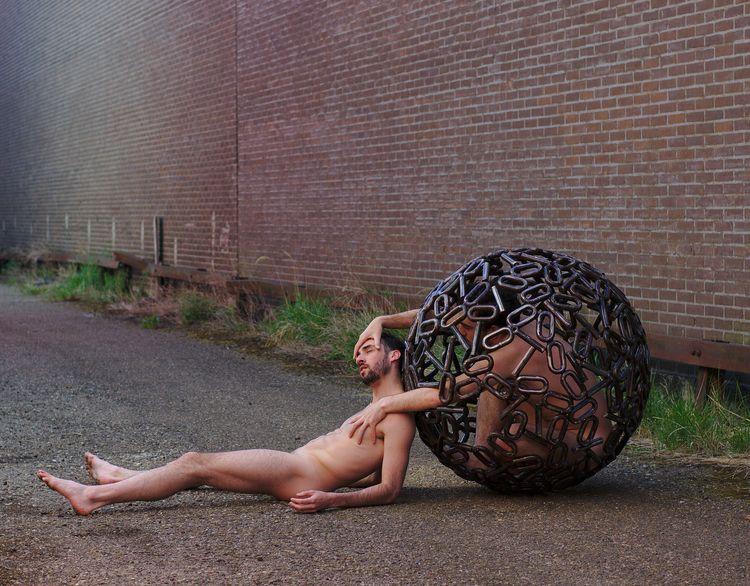 Binary sphere alley 09416 Inspi - frango_artist | ello